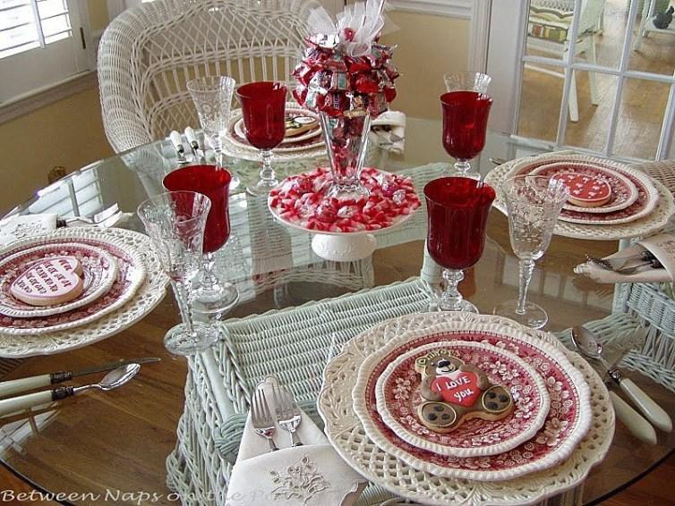 Cheap Valentine Table Decoration Ideas20