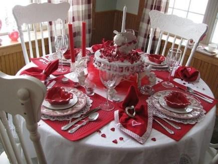 Cheap Valentine Table Decoration Ideas23