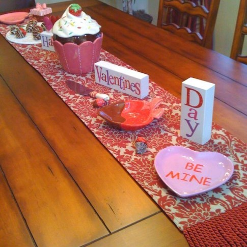 Magnificient Valentines Day Table Decorating Ideas49