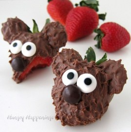 Popular Fruit Decoration Ideas For Valentines Day 23