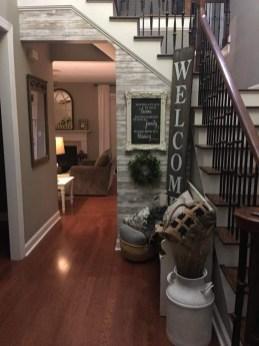 Beautiful Rustic Entryway Decor Ideas36