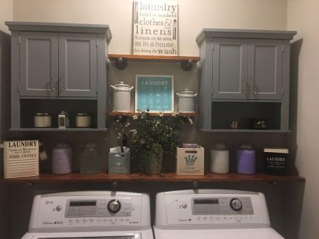 Brilliant Small Laundry Room Decor Ideas15