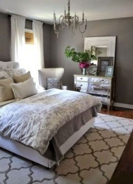 Brilliant Small Master Bedroom Ideas16