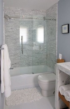 Incredible Small Bathroom Remodel Ideas02