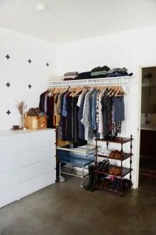 Inexpensive Apartment Studio Decorating Ideas22