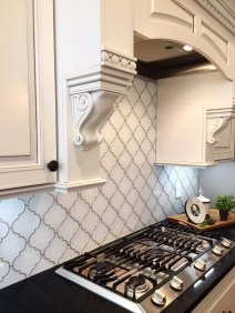 Latest Kitchen Backsplash Tile Ideas32