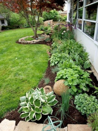 Minimalist Front Yard Landscaping Ideas On A Budget25
