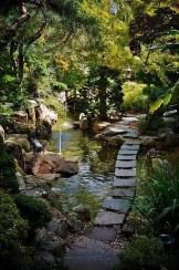 Minimalist Japanese Garden Ideas12