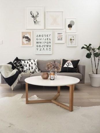 Perfect Scandinavian Living Room Design Ideas32