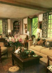 Pretty French Country Living Room Design Ideas25