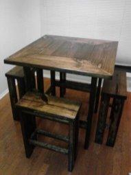 Stunning Small Dining Room Table Ideas12