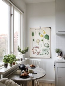 Stunning Small Dining Room Table Ideas22