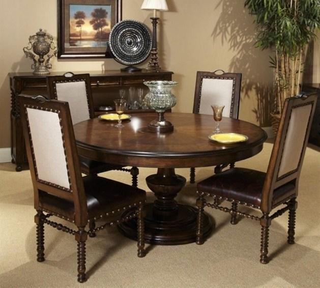 Stunning Small Dining Room Table Ideas47