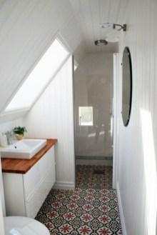 Fascinating Small Attic Bathroom Design Ideas13