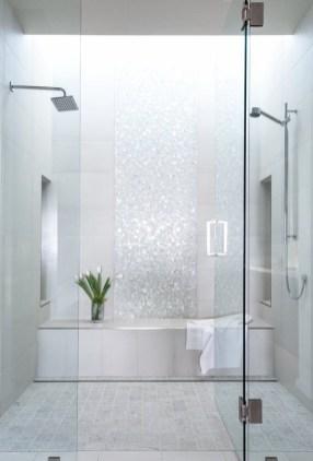 Fascinating Small Attic Bathroom Design Ideas16