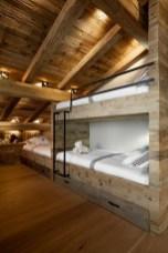 Fascinating Small Attic Bathroom Design Ideas24