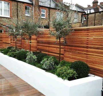 Awesome Small Garden Fence Ideas05
