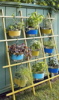 Brilliant Vertical Gardening Ideas07