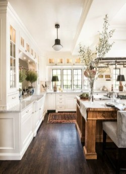 Cool Farmhouse Kitchen Color Design Ideas35