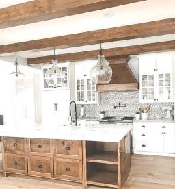 Fabulous Kitchen Decoration Design Ideas With Farmhouse Style10