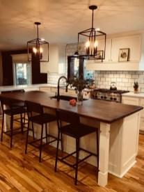 Fabulous Kitchen Decoration Design Ideas With Farmhouse Style14