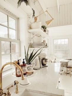 Fabulous Kitchen Decoration Design Ideas With Farmhouse Style39