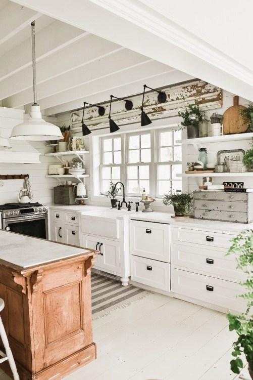 Fabulous Kitchen Decoration Design Ideas With Farmhouse Style40