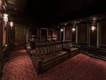 Inspiring Theater Room Design Ideas For Home31