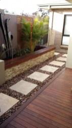 Magnificient Gravel Landscaping Design Ideas For Backyard02