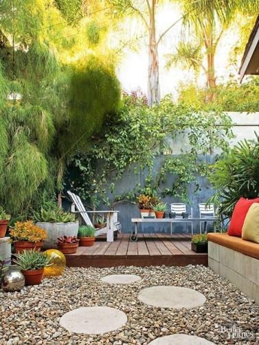 Magnificient Gravel Landscaping Design Ideas For Backyard11