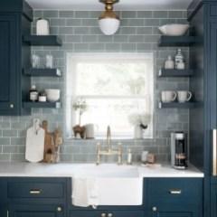 Popular Farmhouse Kitchen Art Ideas To Scale Up Your Kitchen01