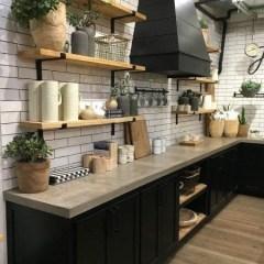 Popular Farmhouse Kitchen Art Ideas To Scale Up Your Kitchen05
