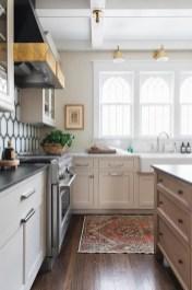 Popular Farmhouse Kitchen Art Ideas To Scale Up Your Kitchen12