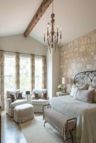 Smart Bedroom Decor Ideas With Farmhouse Style14