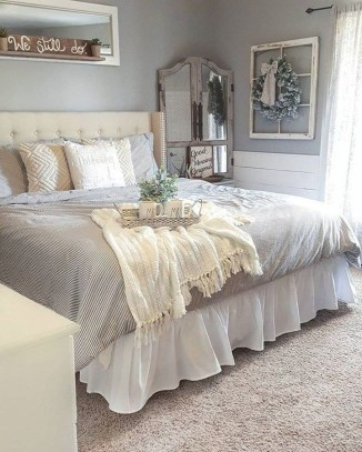 Smart Bedroom Decor Ideas With Farmhouse Style16