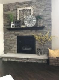 Unique Farmhouse Fireplace Design Ideas For Living Room04