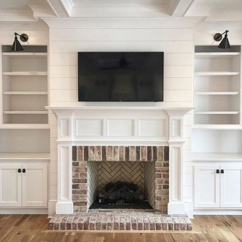 Unique Farmhouse Fireplace Design Ideas For Living Room17