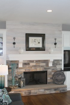 Unique Farmhouse Fireplace Design Ideas For Living Room27