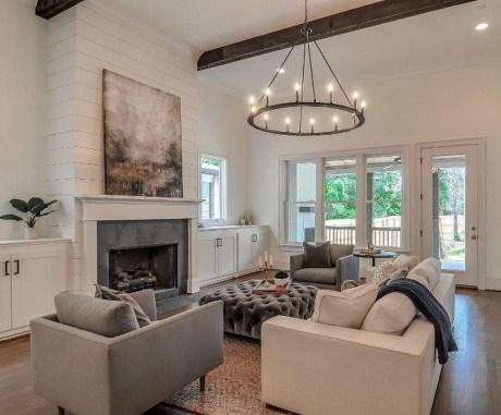 Unique Farmhouse Fireplace Design Ideas For Living Room37