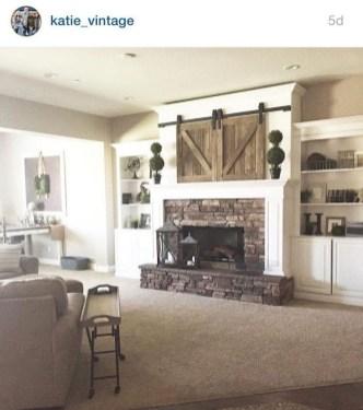 Unique Farmhouse Fireplace Design Ideas For Living Room48