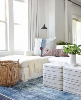 Unique Summer Decor Ideas For Living Room14