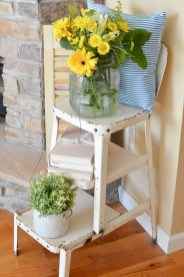 Unique Summer Decor Ideas For Living Room20