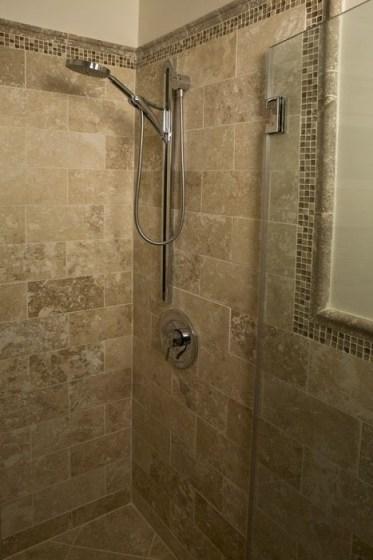Wonderful Italian Shower Design Ideas35