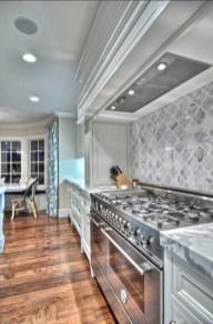 Gorgeous Kitchen Backsplash Design Ideas35