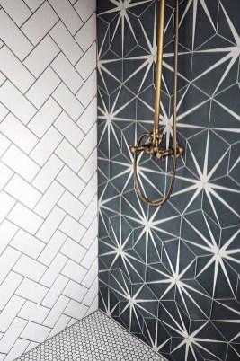 Brilliant Bathroom Tile Design Ideas That Very Inspiring 15