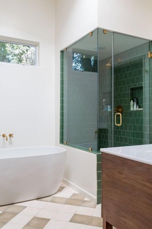 Brilliant Bathroom Tile Design Ideas That Very Inspiring 55