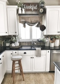 Casual Diy Farmhouse Kitchen Decor Ideas To Apply Asap 23