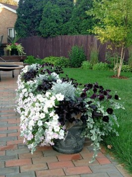 Comfy Garden Decorations Ideas To Apply06