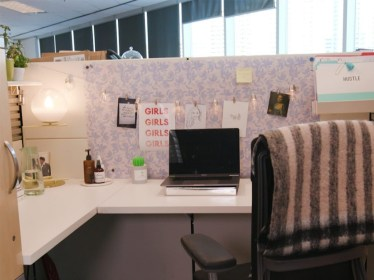 Creative Diy Cubicle Decor Ideas For Working Space 34