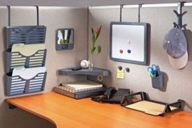 Creative Diy Cubicle Decor Ideas For Working Space 35